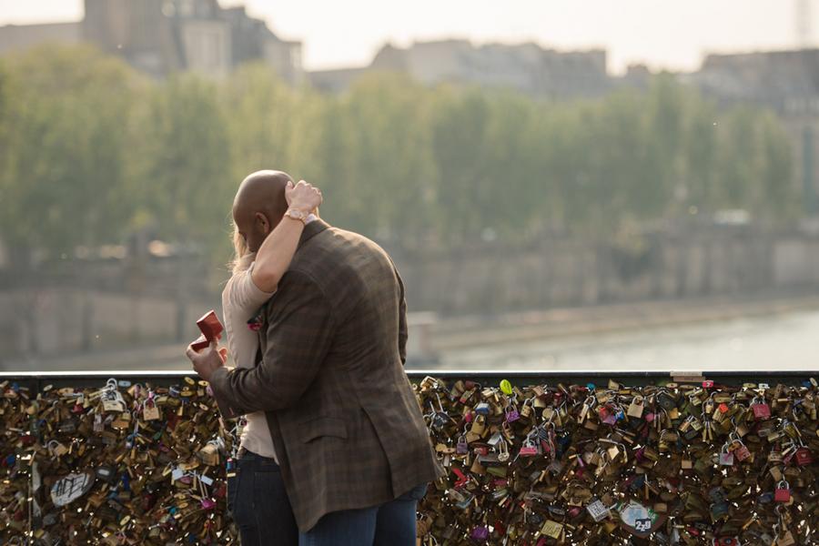 Dana_Sean_Pictours_Paris_Dana20and20Sean20proposal20web7_low