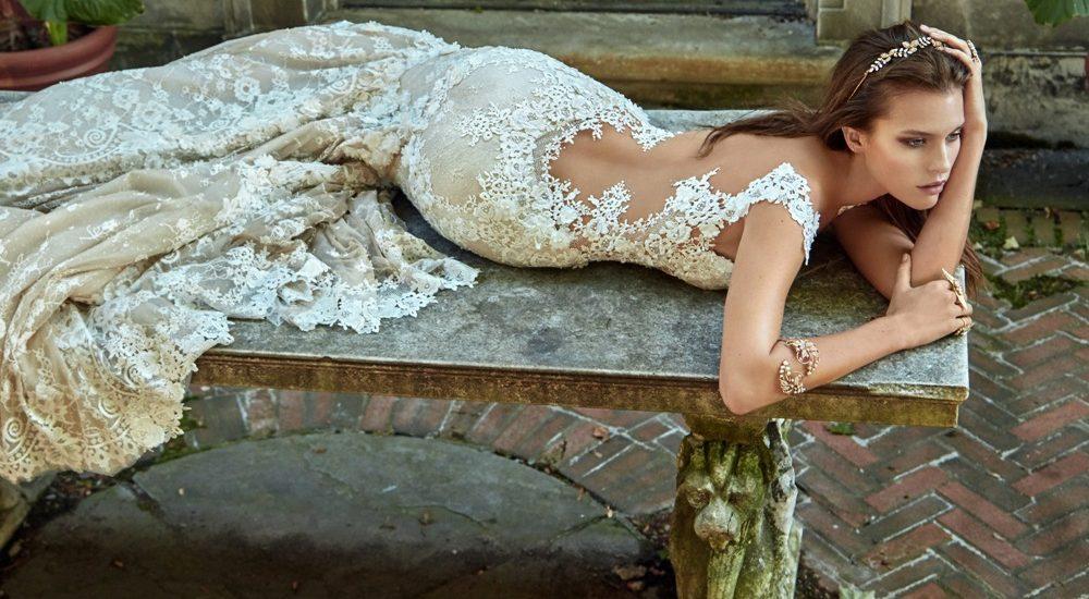 Brautkleid von Galia Lahav mit Spitze