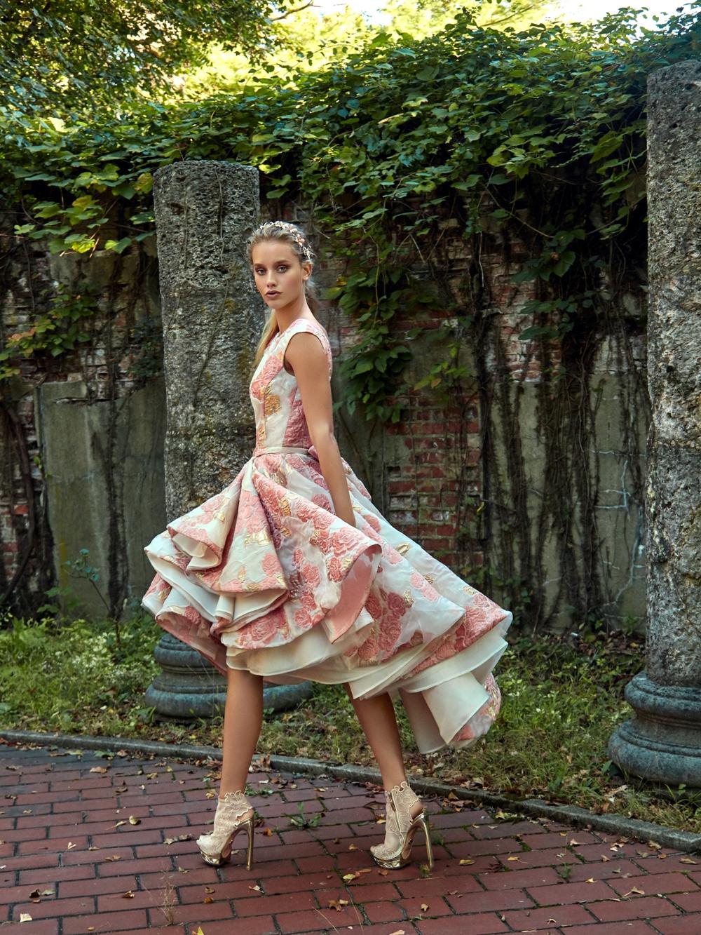 Kurzes Brautkleid von Galia Lahav