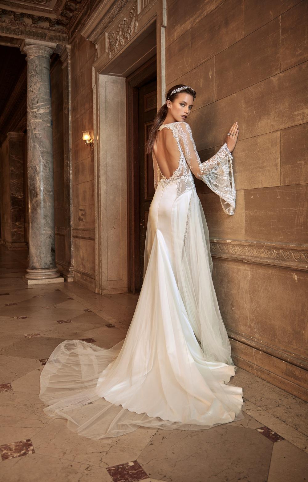 Brautkleid von Galia Lahav mit weiten Ärmeln