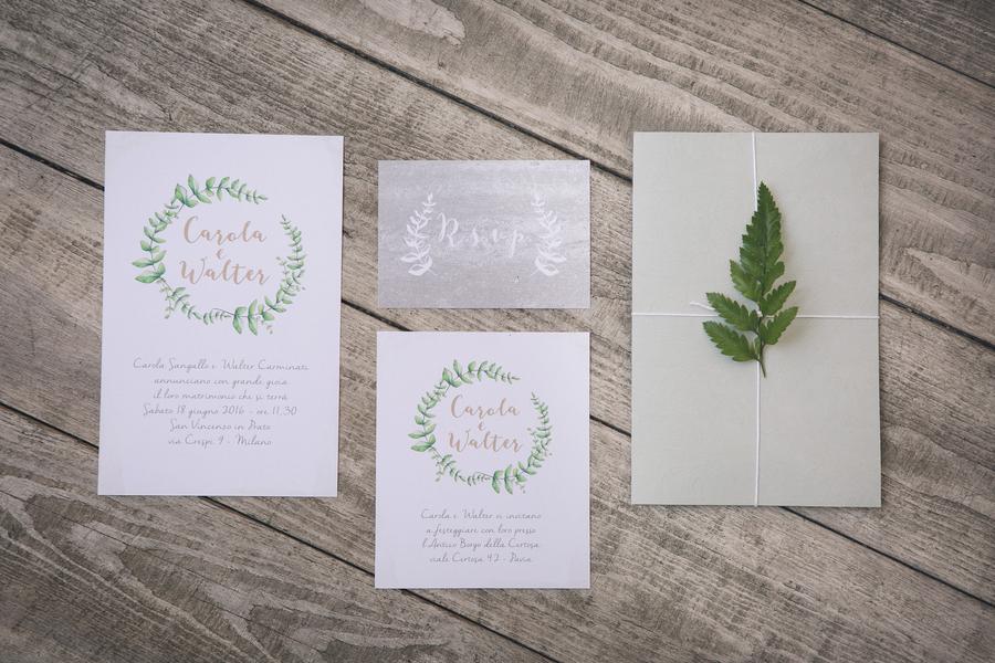 Einladungskarten im Greenery Trend fotografiert von Fotografa Matriminio