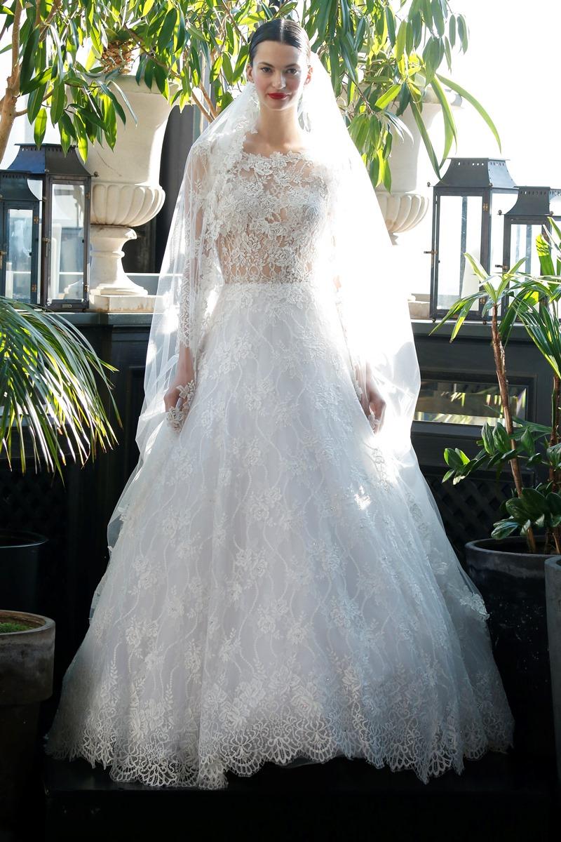 Spitzenärmel Brautkleid von Francesca Miranda auf dem Hochzeitsblog Brautsalat