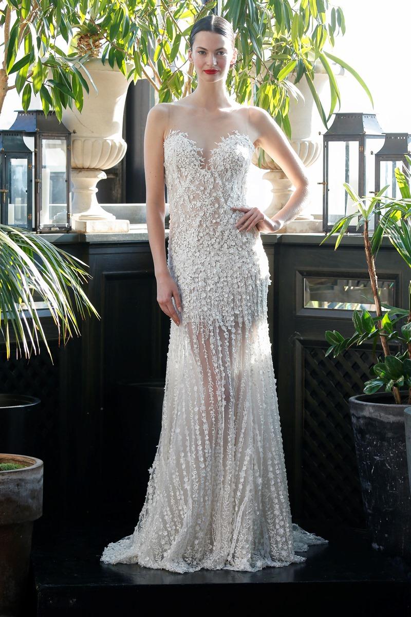 Perlen Brautkleid Spitze von Francesca Miranda auf dem Hochzeitsblog Brautsalat