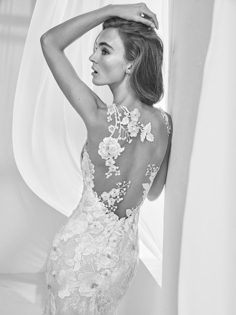 Tattoo-Spitze Brautkleid Pronovias Preview Kollektion 2018 Hochzeitsblog Brautsalat