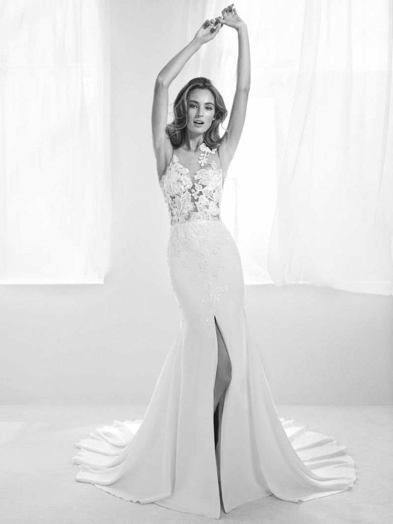 Spitzenapplikation Brautkleid Pronovias Preview Kollektion 2018 Hochzeitsblog Brautsalat
